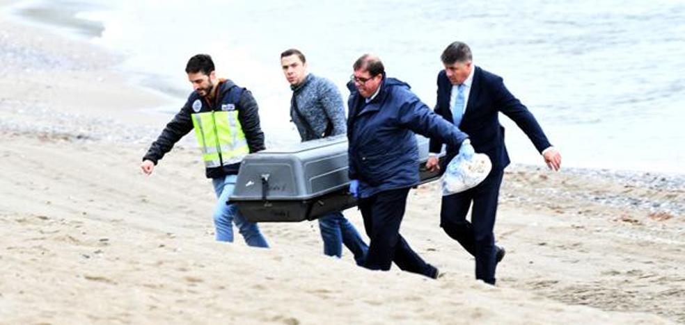 Hallan el cuerpo de una mujer en una playa de Marbella que podría ser la británica desaparecida