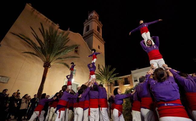 Calderes, música y porrat en honor a Sant Antoni