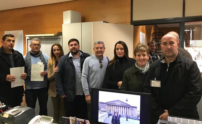 Alcaldes de Compromís y PSPV no quieren otro médico en los bous como exigen sus partidos