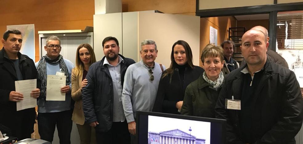 Alcaldes de Compromís y PSPV no quieren otro médico en los bous como aprobaron sus partidos