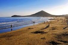 480 euros de multa por llevar a sus ocho hijos de vacaciones a Canarias en periodo escolar
