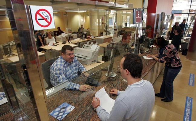 Tráfico de Alzira se queda con siete trabajadores al no cubrir las vacantes