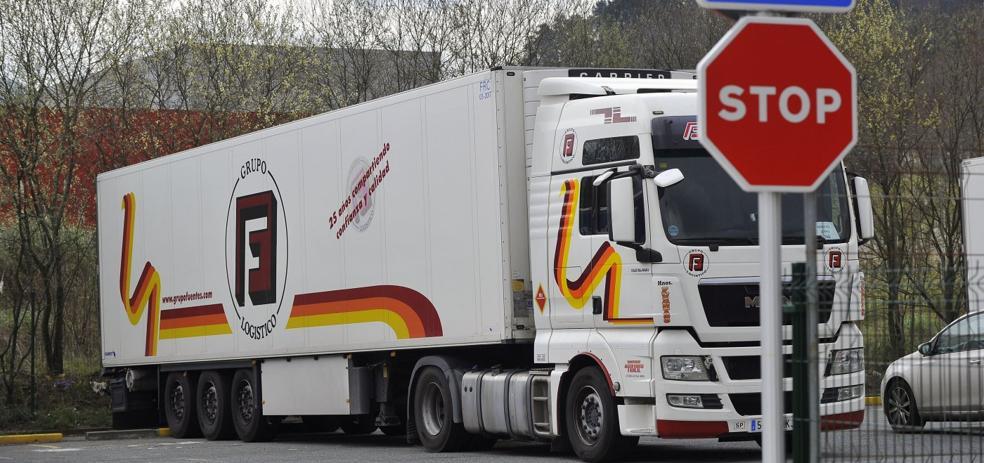 Una mafia llevaba a familias de refugiados en camiones frigoríficos hasta Reino Unido