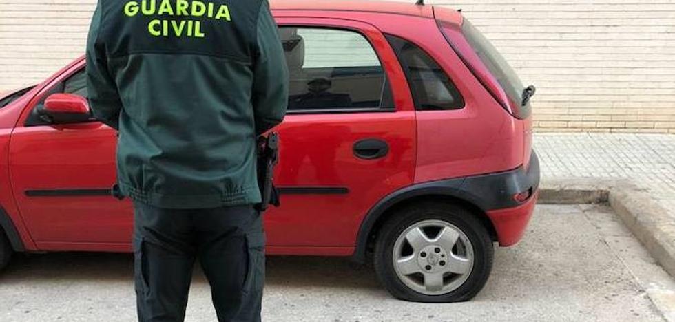 Detenida una vecina de Paiporta por pinchar las ruedas de un centenar de coches