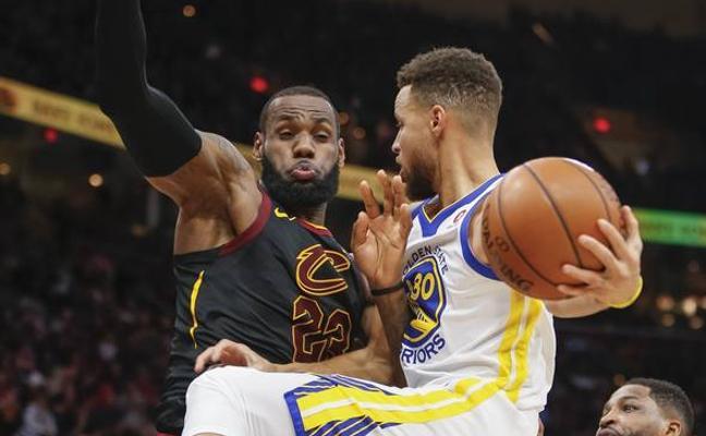 LeBron James y Stephen Curry, los capitanes de los equipos del Partido de las Estrellas