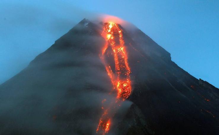 Fotos de el Círculo de Fuego despierta