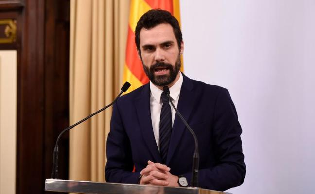 Torrent mantiene la investidura de Puigdemont y pide «respeto»