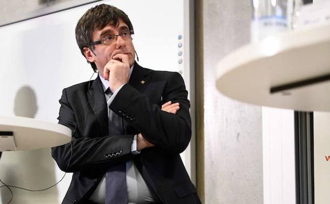 El Constitucional suspenderá el pleno si Puigdemont busca la investidura telemática