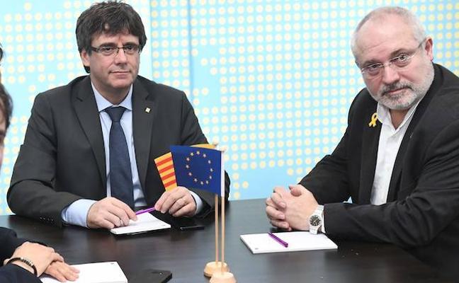 Dos exconsellers que se encuentran en Bélgica renunciarán a sus actas de diputados