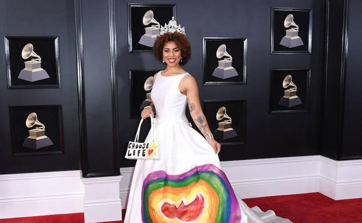 Fotos de los vestidos más extravagantes de los Grammy 2018