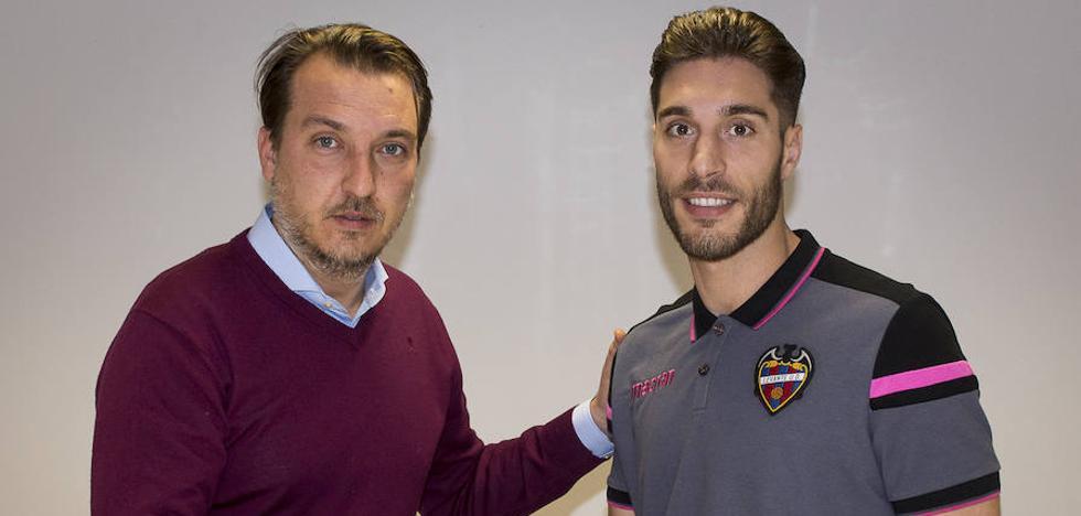 El Levante UD confirma el fichaje de Rochina