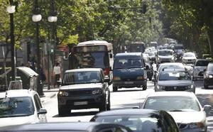 Los vecinos desoyen la encuesta de Ribó: «El tráfico sí es un problema»