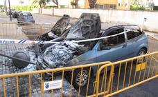 Detienen a un hombre por el incendio de tres coches en Pamis