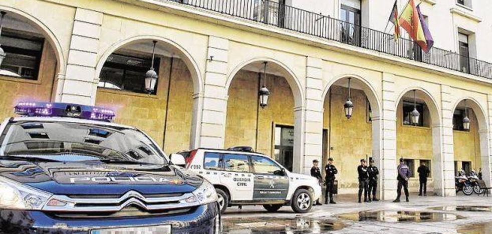 Se enfrentan a penas de 13 años de cárcel por prostituir a una menor en Alicante