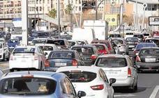 Los atascos en el centro de Valencia expulsan el tráfico hacia las grandes vías y las rondas