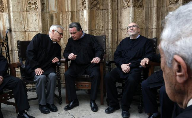 Alcaraz consulta al Jurídic cómo desactivar el Consell de Transparencia