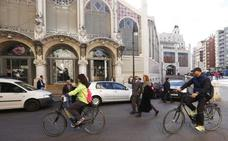 Joan Ribó rectifica e incluye un acceso para coches al sótano del Mercado Central