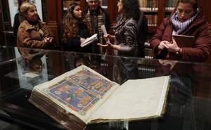 Joyas manuscritas y libros incunables del siglo XV en la Universitat