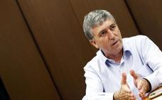 Climent corrige al director general de Comercio y ve viable Puerto Mediterráneo
