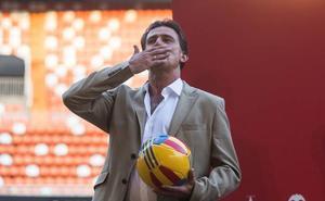 Kempes: «Si voy al Centenario no estaré en el palco»