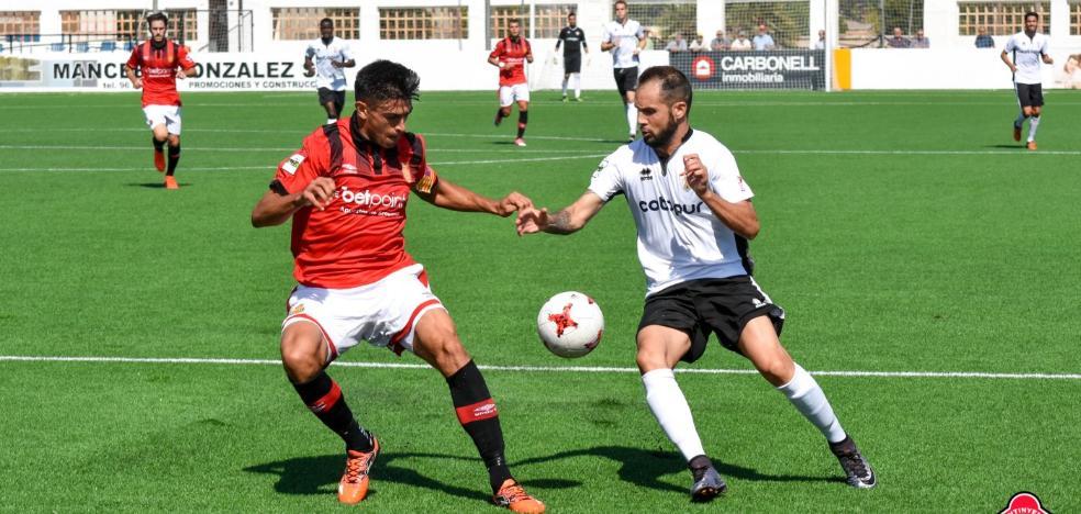 El Ontinyent golea al Formentera y se acerca a la promoción
