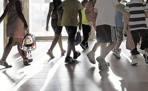 Más de 500 niños en edad escolar no asisten a clase en Valencia