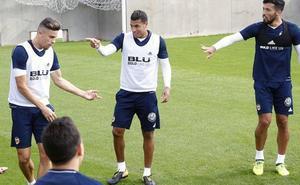 Jeison Murillo se retira del entrenamiento tras recibir un golpe