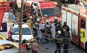 Un hombre muere al sufrir un infarto al volante y choca contra varios vehículos aparcados en Valencia