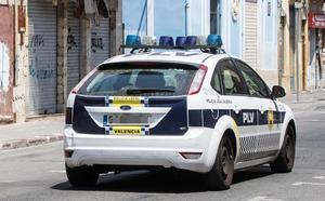 Dos hombres violan a una joven en Valencia