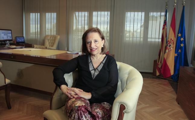 Marisa Poncela: «En lugar del debate de horarios, hay que adaptar el pequeño comercio al siglo XXI»