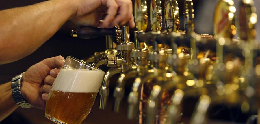 Beber cerveza en tiempos de crisis: las provincias españolas con las cañas más baratas
