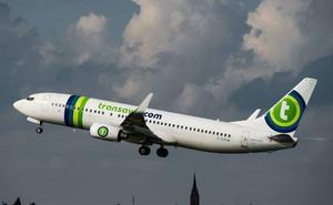 Un avión realiza un aterrizaje de emergencia tras una pelea por las flatulencias de un pasajero