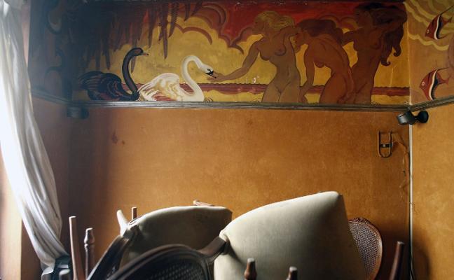 El mundo del arte reclama salvar el mural de Renau