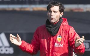 El Valencia CF aparca las renovaciones de Marcelino y Parejo