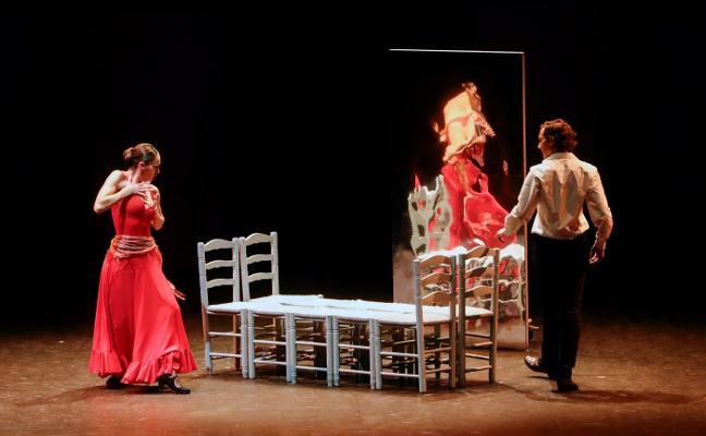 La danza revolucionaria de Antonio Gades revive con una descarnada 'Carmen'