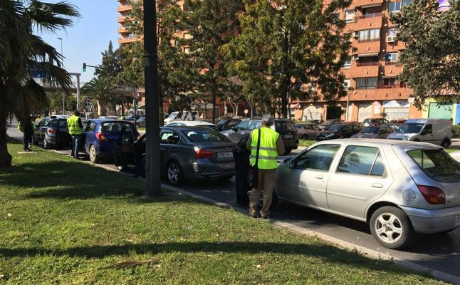 Dos nuevos accidentes elevan a doce los siniestros en la avenida del Cid en un mes