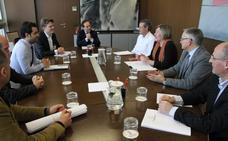 El Consell se reúne con Puerto Mediterráneo para ofrecer alternativas que lleven a su construcción