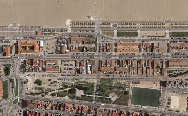 Los vecinos rechazan 740 pisos municipales en solares para jardines del Marítimo