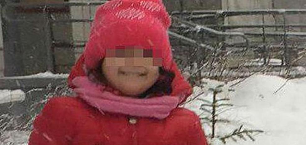 Una niña de 3 años muere congelada al ser olvidada por su maestra en el recreo