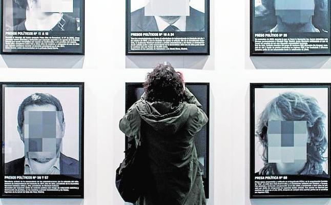 Acció Cultural expondrá en Valencia la obra censurada en ARCO sobre 'presos políticos'
