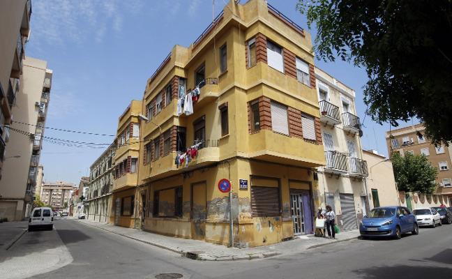 El Cabanyal registra 2.750 viviendas vacías por la paralización del barrio