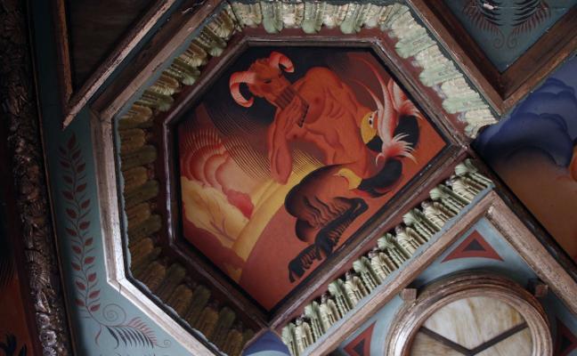 El Ayuntamiento reacciona 'in extremis' y da el primer paso para salvar el mural de Renau
