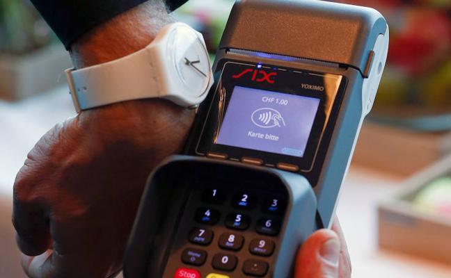 Uno de cada tres españoles quiere pasar de la tarjeta de crédito