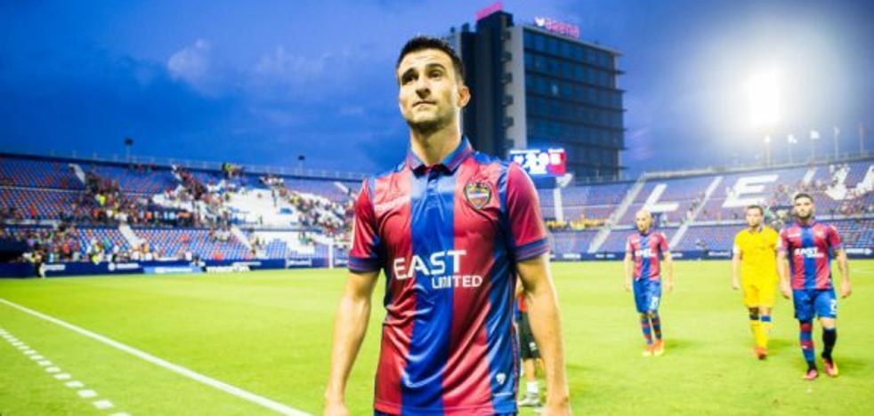 Sergio Postigo renovará automáticamente por el Levante si juega ante el Alavés