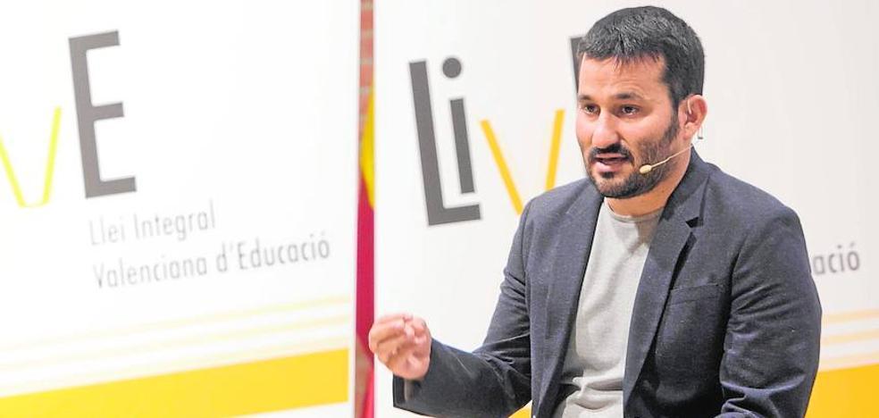 El Consell se olvida de la nueva ley educativa anunciada en 2015