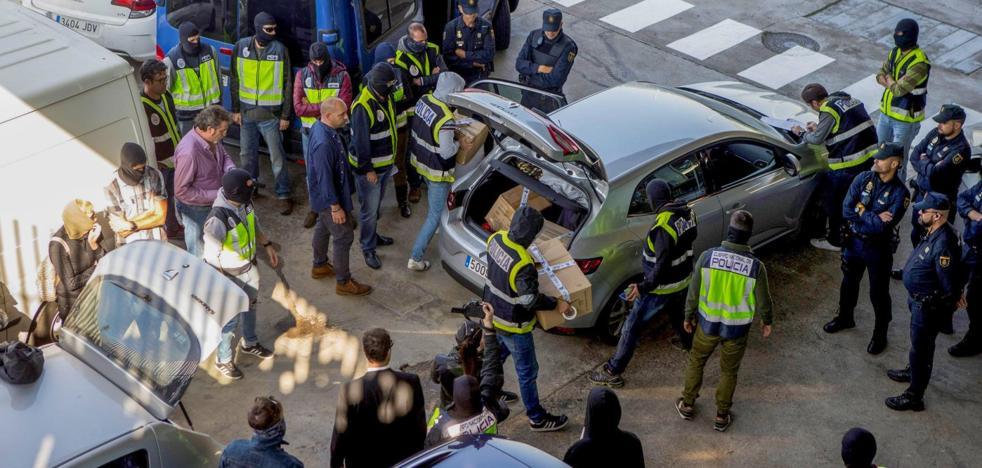 Cataluña espió ilegalmente a políticos y periodistas contrarios al procés