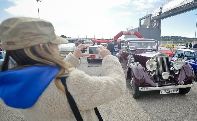 Racing Legends honra en Cheste a mujeres piloto