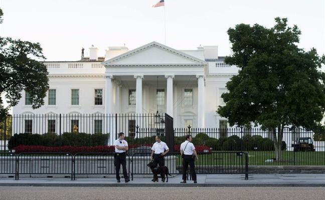 Fallece el hombre que se ha pegado un tiro frente a la Casa Blanca