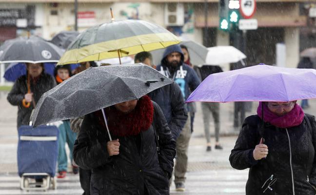 El viento da paso el domingo a chubascos en Valencia
