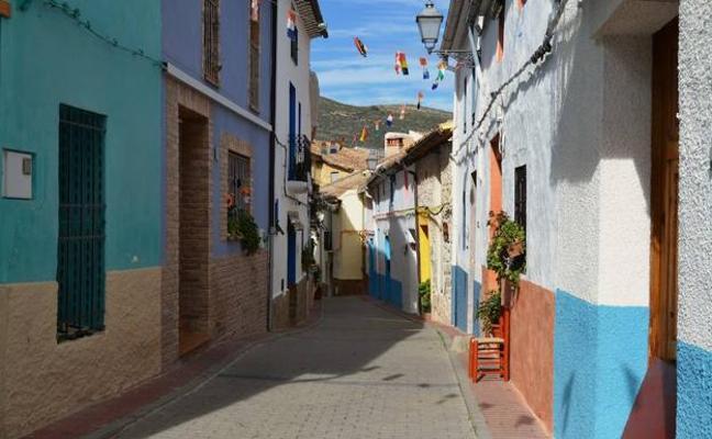 La ruta de los 8 pueblos: belleza y magia en Alicante